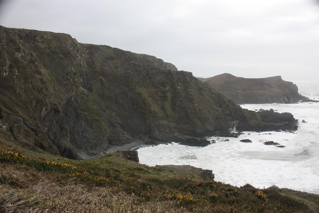 731-days-sea-storm-cliff-devon