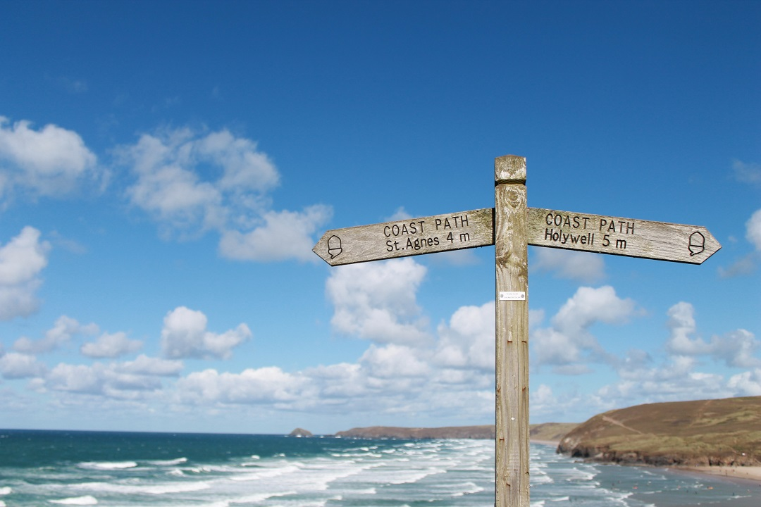 5-beaches-you-should-visit-this-summer-perranporth-3