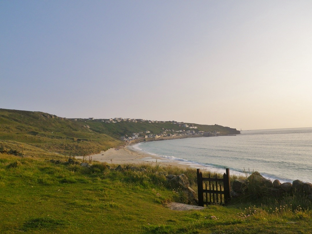 5-beaches-you-should-visit-this-summer-sennen-5