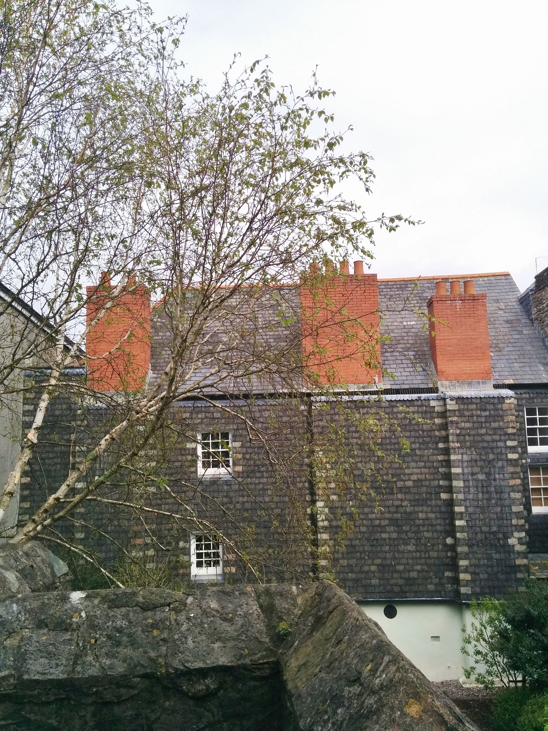 elizabethan-gardens-plymouth-slate-fronted-house