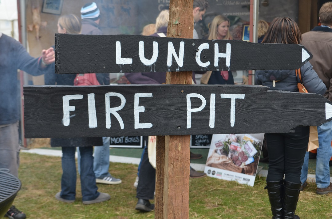 exeter-festival-of-south-west-food-and-drink-fire-pit-chalk-sign