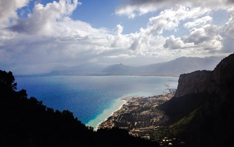 travel-tuesday-sicily-with-sally-fountain-view
