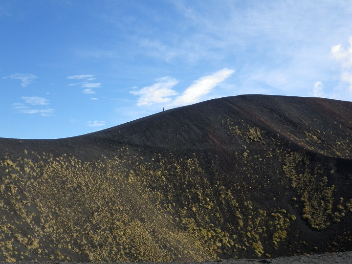 travel-tuesday-sicily-with-sally-mount-etna-walking