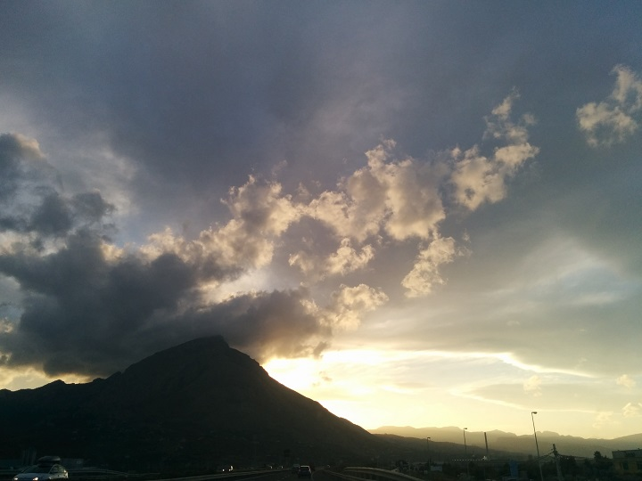travel-tuesday-sicily-with-sally-mountain-road-sunset