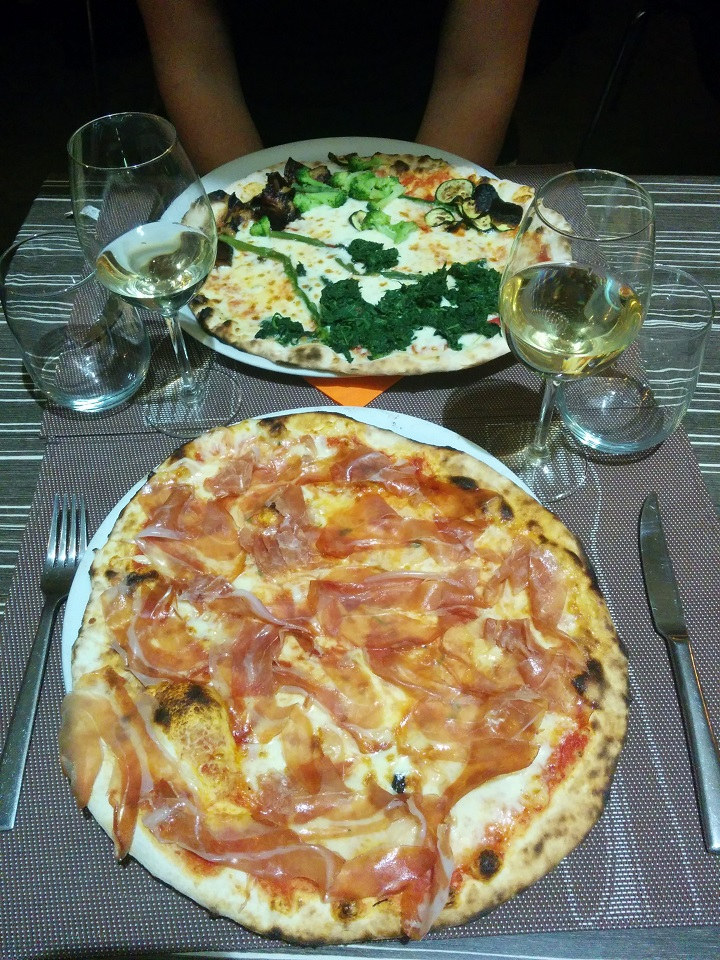 travel-tuesday-sicily-with-sally-pizza