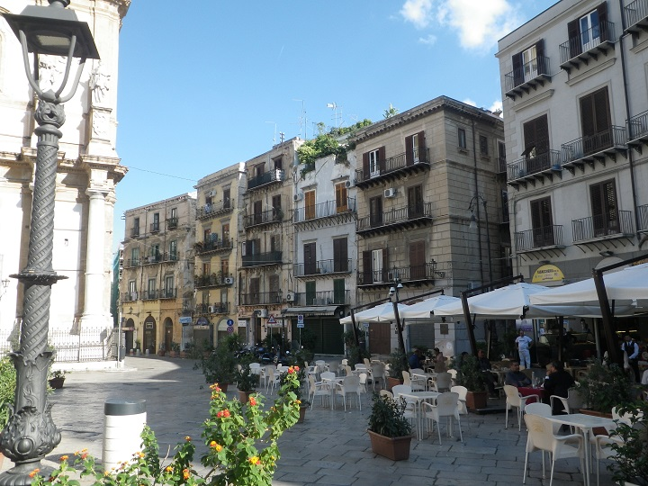 travel-tuesday-sicily-with-sally-square-piazza