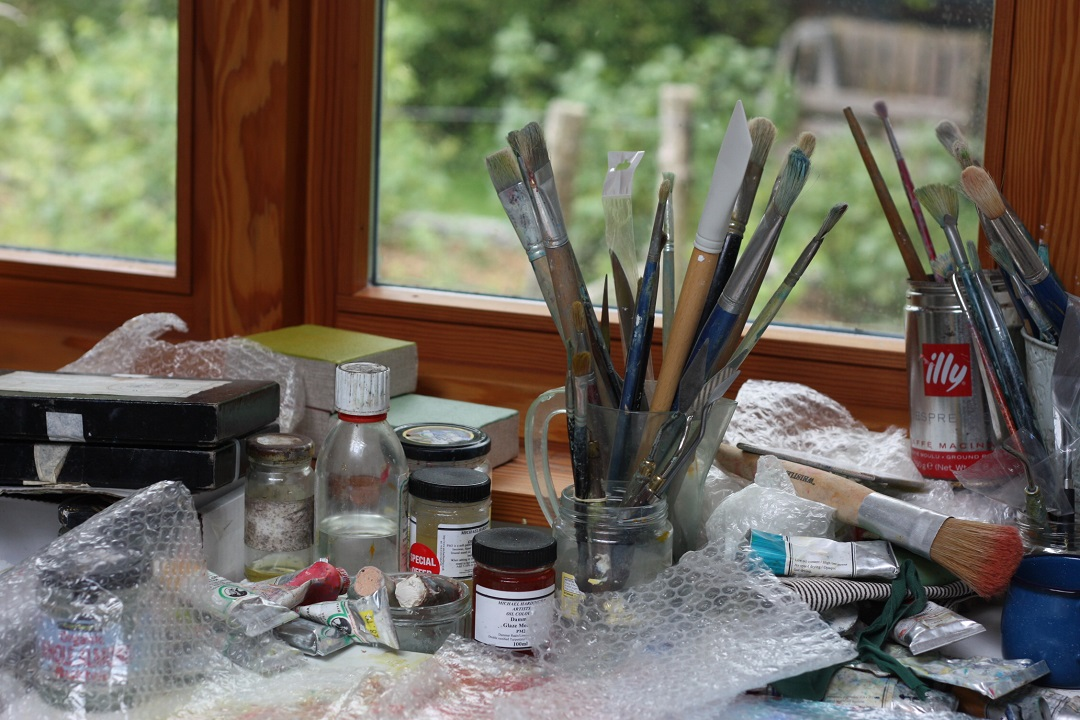 restaurant-review-potager-glasshouse-garden-paint-brushes-artist